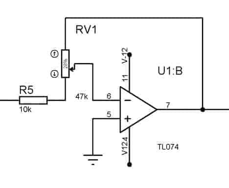 Signal amplitude gain control